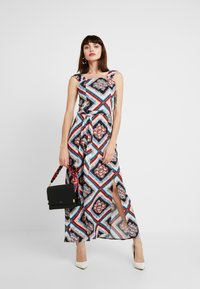 Dorothy Perkins - SQUARE NECK MAXI DRESS - Maxikjoler - multi - 2