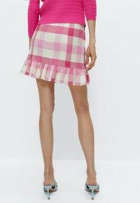 Uterqüe - MIT VOLANTS - A-line skirt - pink/white - 2