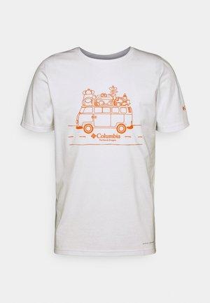 MENS SUN TREK™ SHORT SLEEVE GRAPHIC TEE - Print T-shirt - white