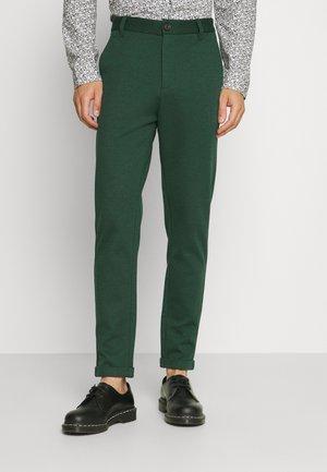 SUPERFLEX CROPPED PANT - Kalhoty - bottle green
