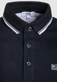 BOSS Kidswear - MANCHES COURTES - Polo shirt - bleu cargo - 2