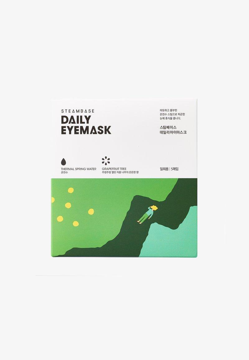 Steambase - DAILY EYEMASK - Face mask - grapefruit tree