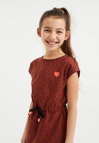 WE Fashion - Day dress - rust brown - 1