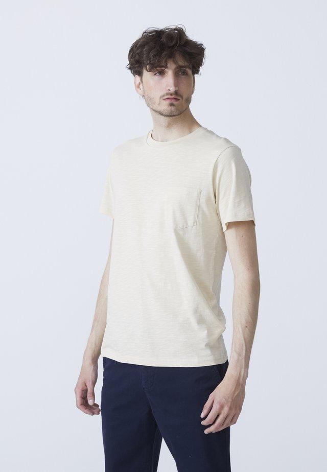T-shirts basic - sand