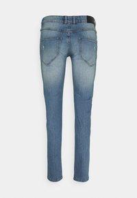 Redefined Rebel - STOCKHOLM DESTROY - Jeans fuselé - sea shore - 6