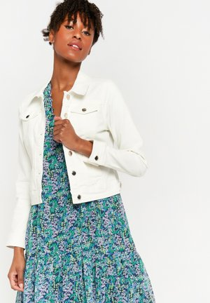 WITH SHINY BUTTONS - Denim jacket - white