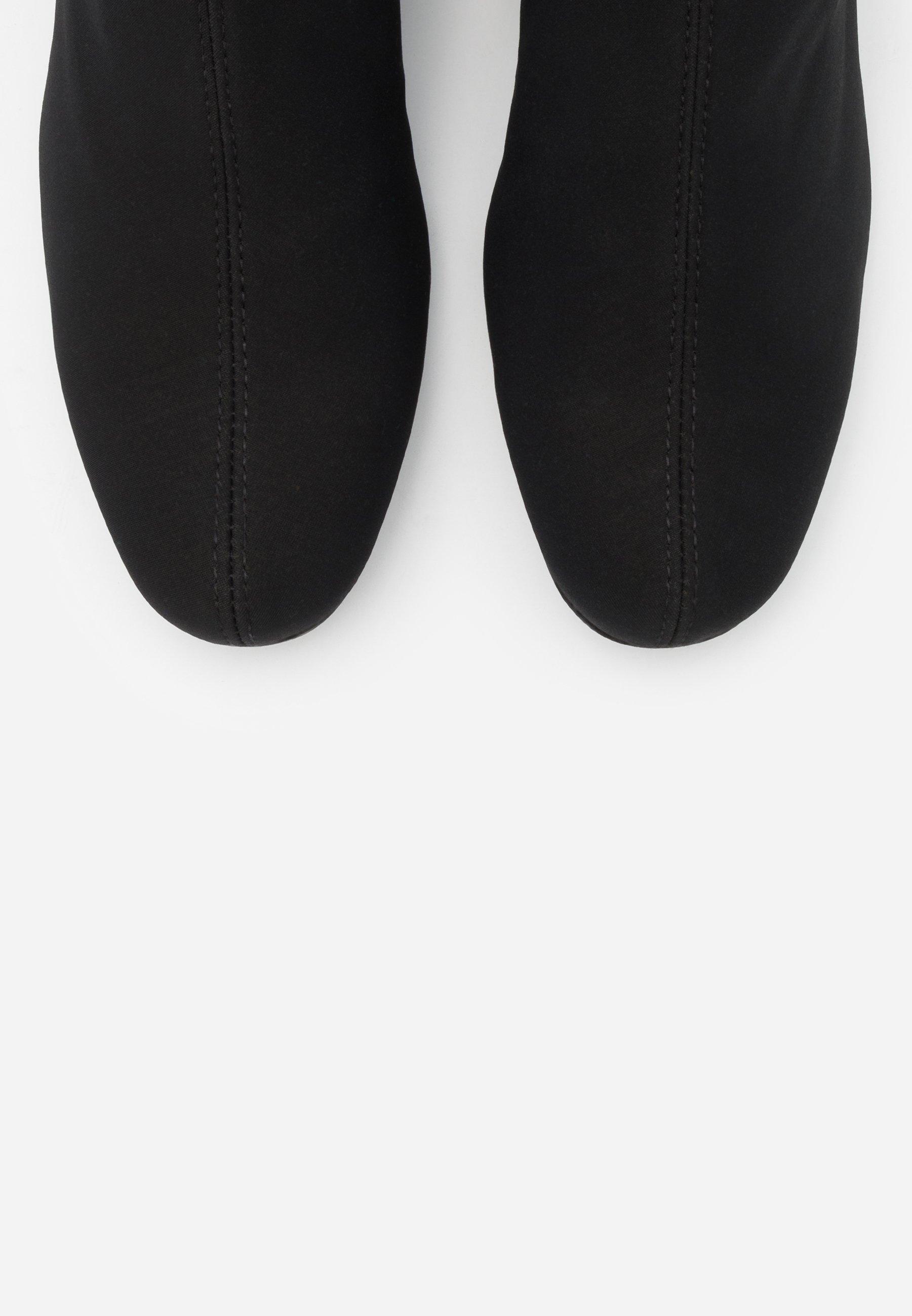 Pretty Ballerinas Stiefel black/schwarz