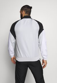 Lacoste Sport - TRACKSUIT - Träningsset - calluna/black/white - 2