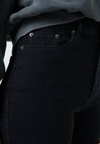 PULL&BEAR - Jean bootcut - mottled black - 6