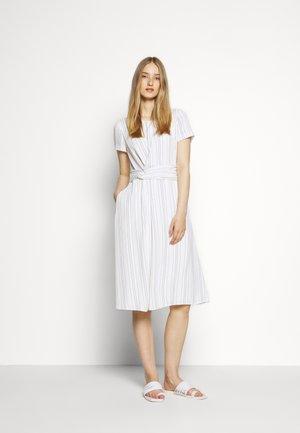 KASENA - Denní šaty - natural