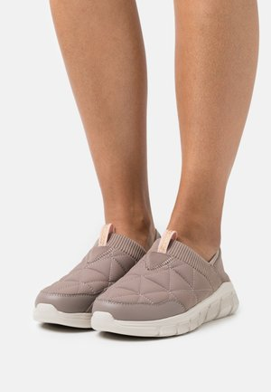 BOBS FLEX - Sneakers laag - taupe