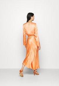 Mossman - CRAZY FOR YOU SKIRT - Maxi skirt - peach - 2