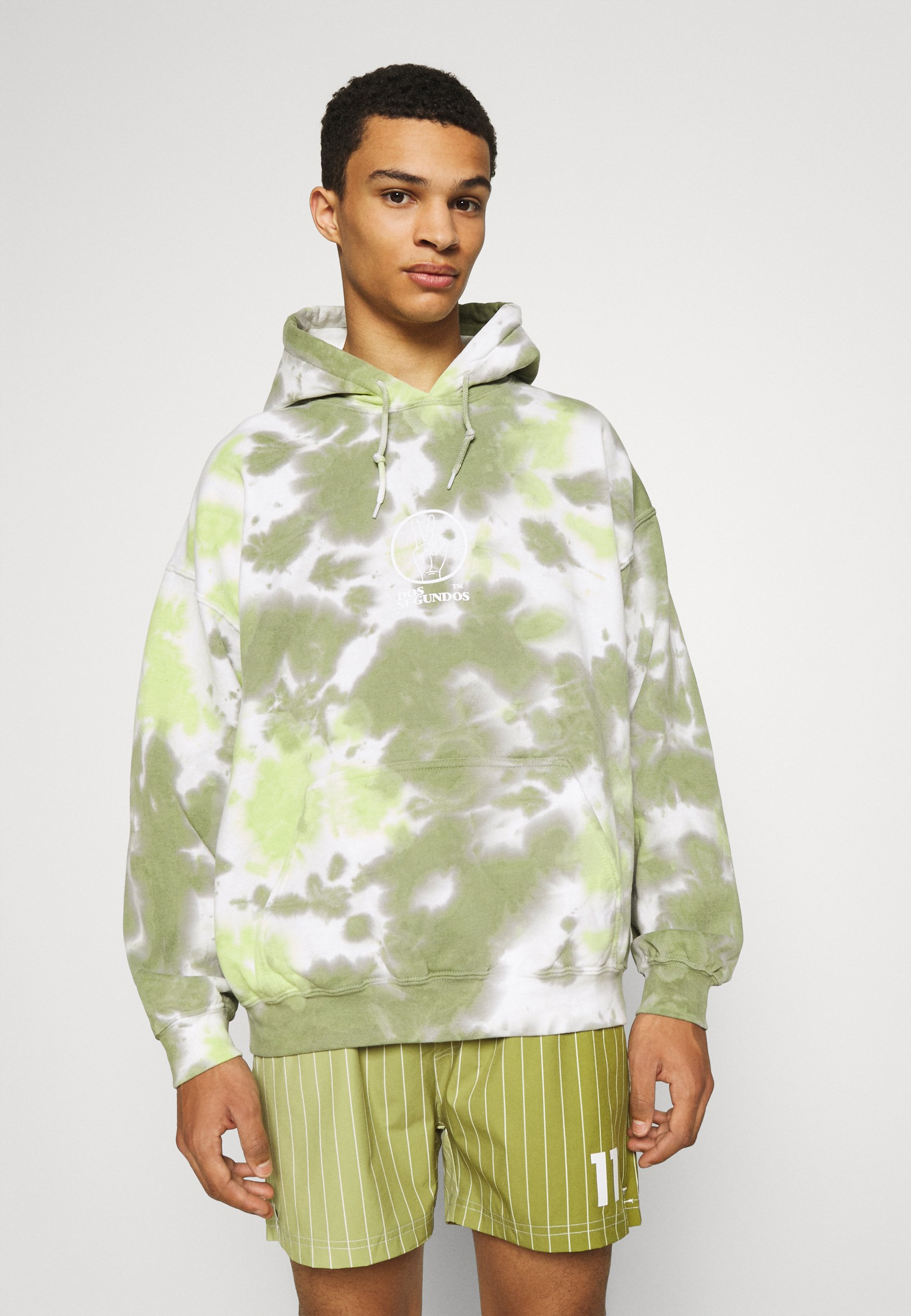 Men DOS SEGUNDOS GRAPHIC HOODIE - Sweatshirt