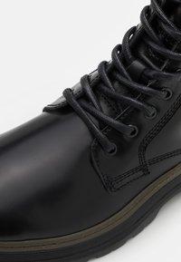 Scotch & Soda - MAFFEI - Classic ankle boots - black - 5