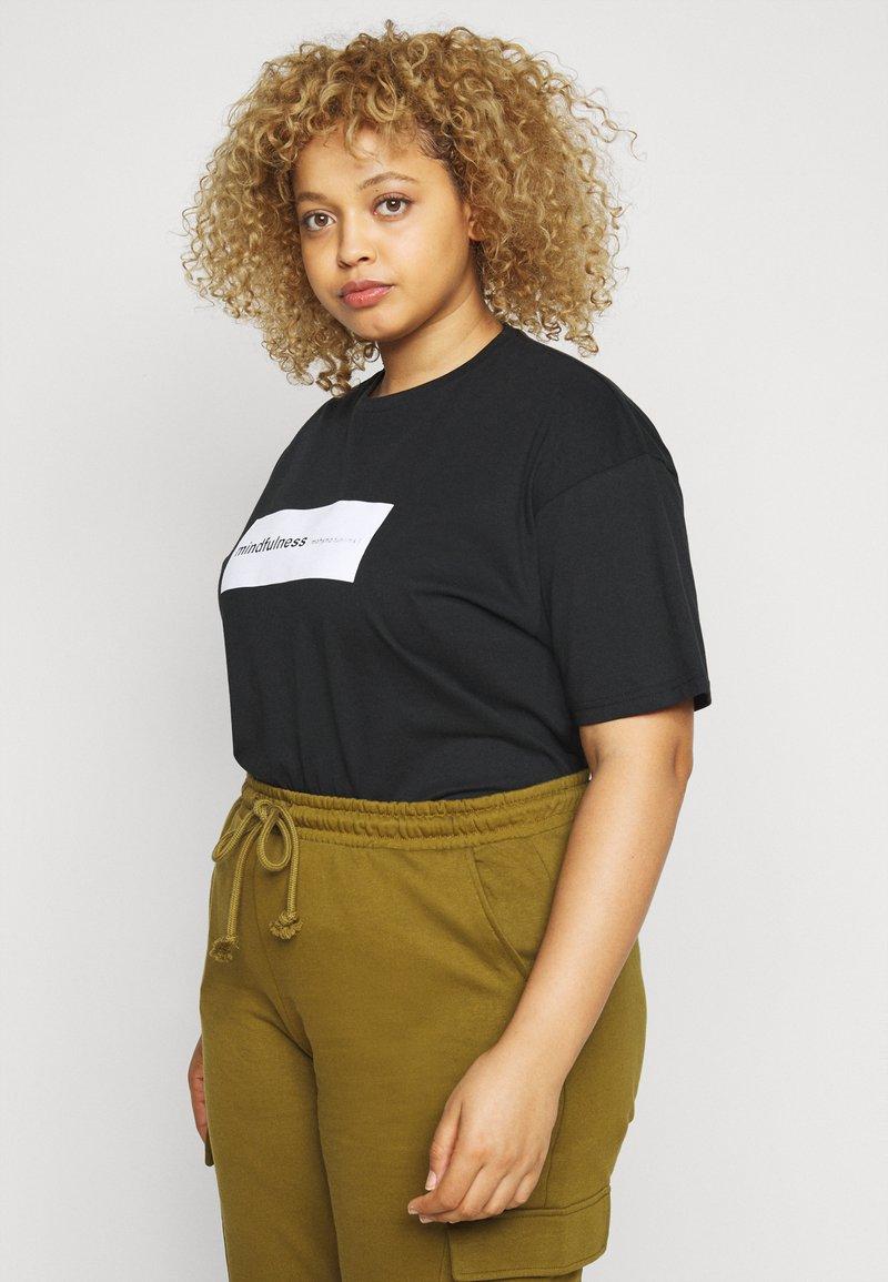 Simply Be - SLOGAN - Print T-shirt - black