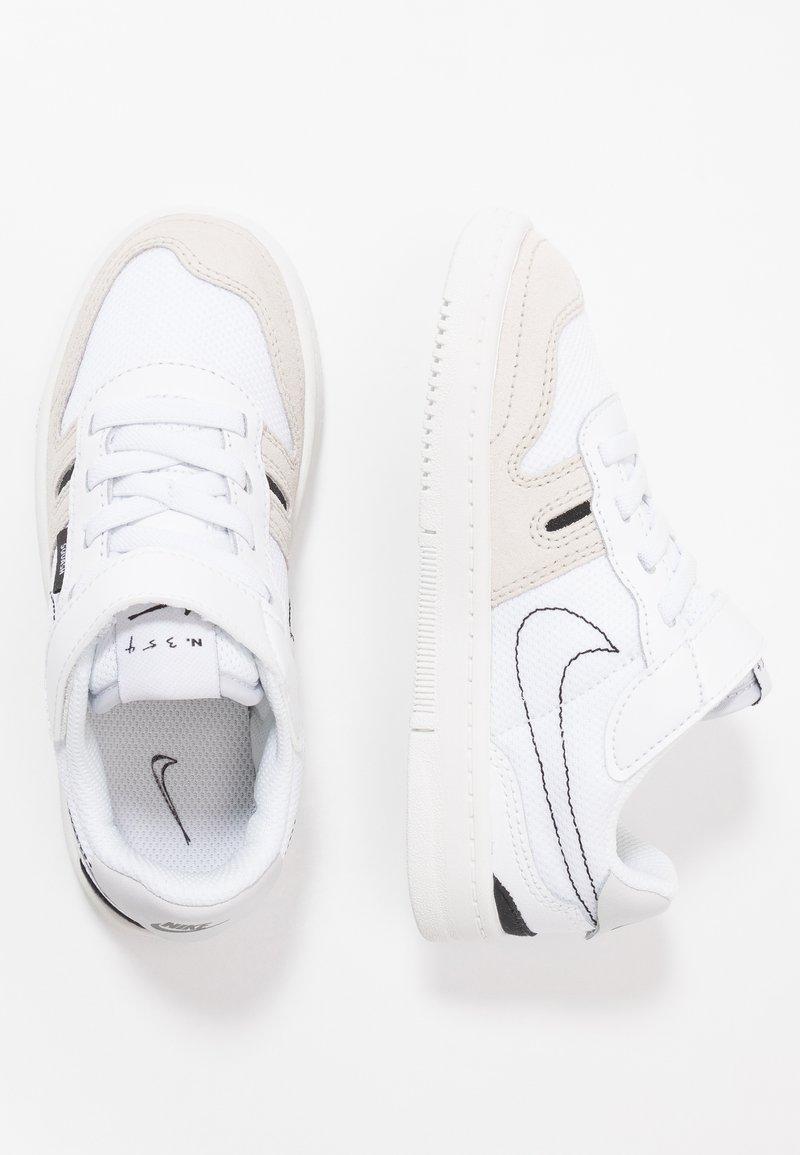 Nike Sportswear - SQUASH-TYPE UNISEX - Sneakers laag - summit white/black/vast grey