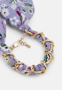 Pieces - PCROSA THREADED BRACELET - Bracelet - gold-coloured /purple - 2