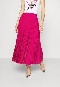 Guess - LUISA SKIRT - Pleated skirt - shocking pink - 0