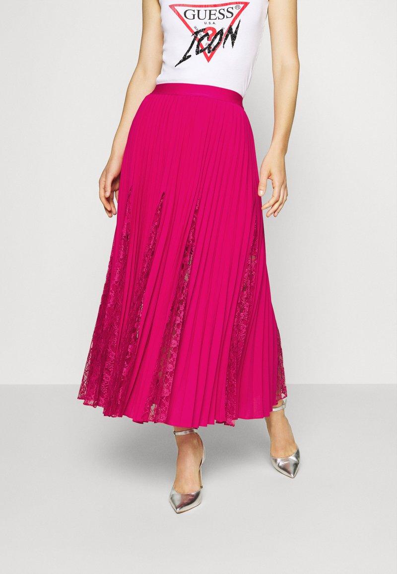 Guess - LUISA SKIRT - Pleated skirt - shocking pink