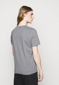 JOOP! Jeans - ALPHIS - Basic T-shirt - light grey - 2