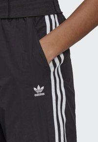adidas Originals - Pantaloni sportivi - black - 3