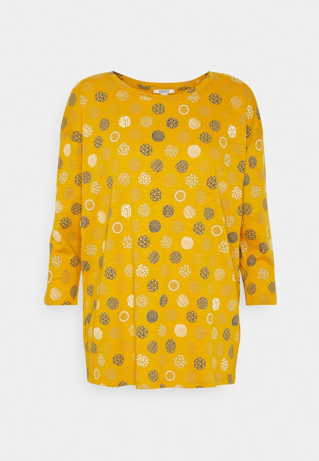 CORE - Topper langermet - brass yellow