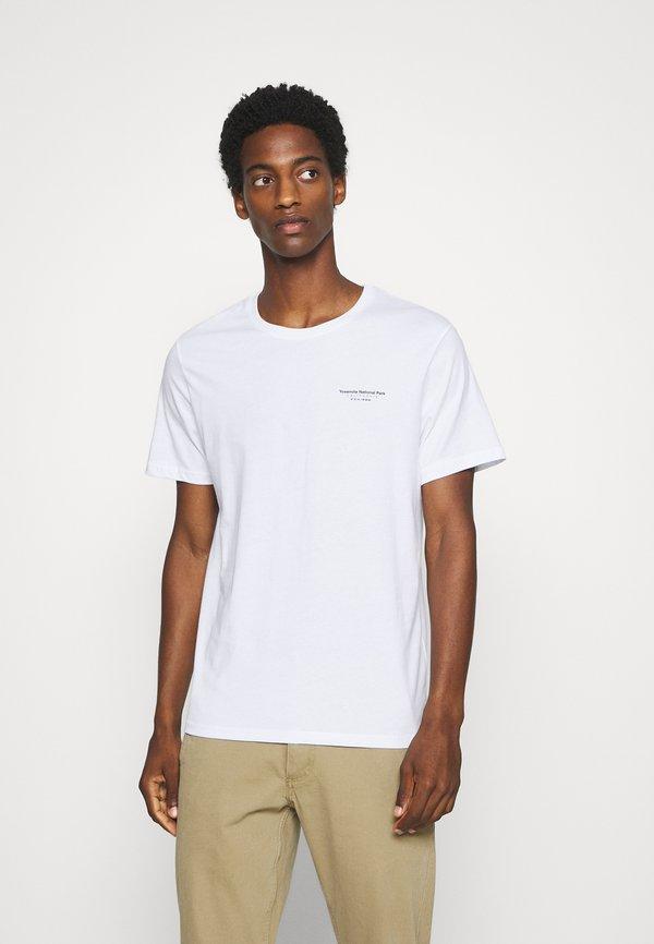 Pier One T-shirt z nadrukiem - white/biały Odzież Męska NFWW