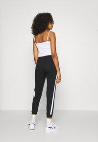 Even&Odd - Spodnie treningowe - black/white - 4