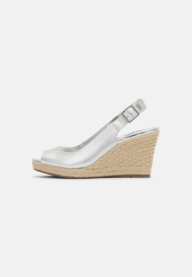 KICKS 2 - Platform sandals - silver