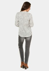 GINA LAURA - Button-down blouse - offwhite - 1