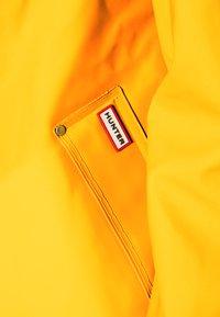 Hunter ORIGINAL - ORIGINAL SMOCK - Waterproof jacket - yellow - 5