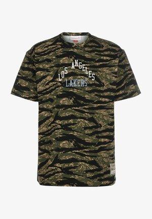 TIGER LOS ANGELES LAKERS - Print T-shirt - camo