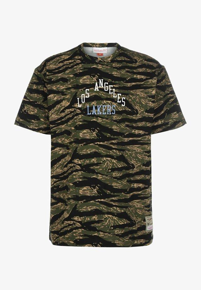 TIGER LOS ANGELES LAKERS - T-shirt print - camo