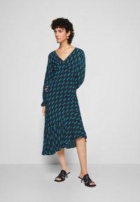 Diane von Furstenberg - MANAL DRESS - Day dress - mirrors medium dark ocean - 0