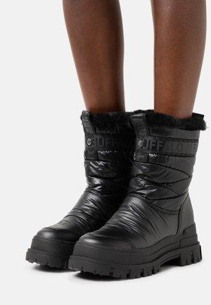 VEGAN ASPHA QUILT - Winter boots - black