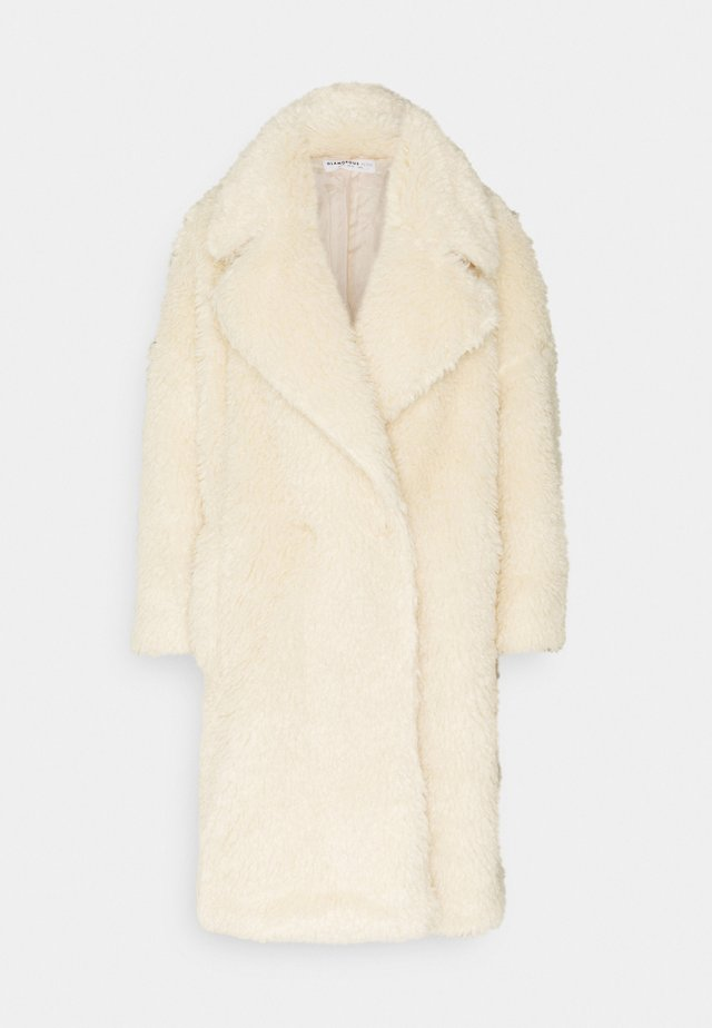 LADIES CREAM FUR COAT - Zimní kabát - cream