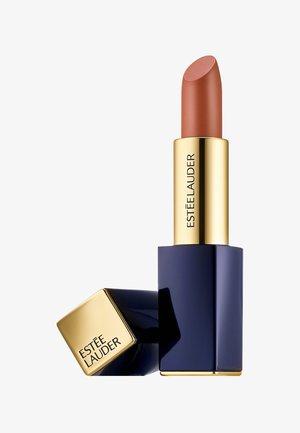 PURE COLOR ENVY LIPSTICK  - Lipstick - 160 discreet