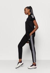 adidas Performance - Camiseta estampada - black/white - 1