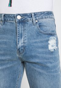 Mennace - ON THE RUN DISTRESSED - Relaxed fit jeans - blue - 5