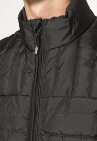 Only & Sons - ONSPAUL QUILTED - Väst - black - 4