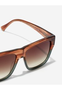 Hawkers - DOUMU - Sluneční brýle - brown - 4