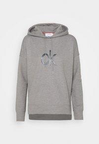 Calvin Klein - RHINESTONE LOGO HOODIE - Sweatshirt - mid grey heather - 4