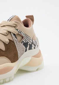 See by Chloé - Trainers - beige - 6