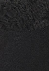 MAMALICIOUS - MLBARBARA - T-shirts med print - black - 2