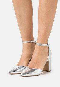 Lulipa London - JOYUS - High heels - silver - 0