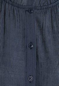 TOM TAILOR DENIM - STRIPED RUFFLE NECK BLOUSE - Blouse - dark blue - 2