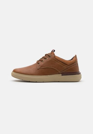 DISCOVERY DERBY - Casual lace-ups - cognac