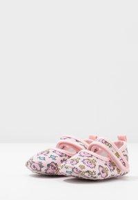 Walnut - MINI - First shoes - light pink - 3