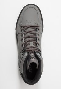 Supra - VAIDER COLD WEATHER - High-top trainers - charcoal/black - 1