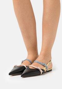 Bianca Di - Slingback ballet pumps - black - 0